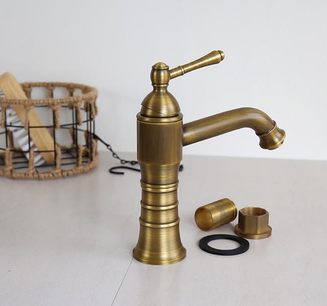 Vòi nước gắn lavabo có kiểu dáng phong cách cổ điển độc đáo