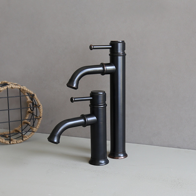 Vòi nước nóng lạnh lavabo bằng chất liệu đồng thau