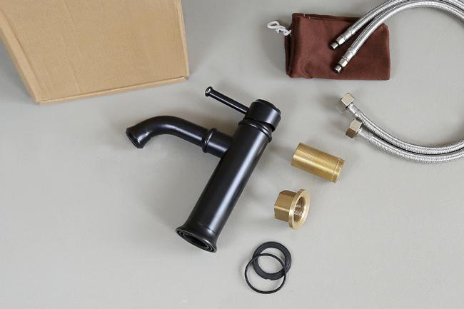 Chức năng xả nước nóng lạnh của vòi nước nóng lạnh lavabo GCV20B