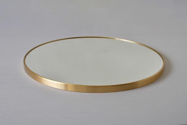 Gương tròn treo nhà tắm bằng đồng thau mang phong cách mỹ thuật mộc mạc