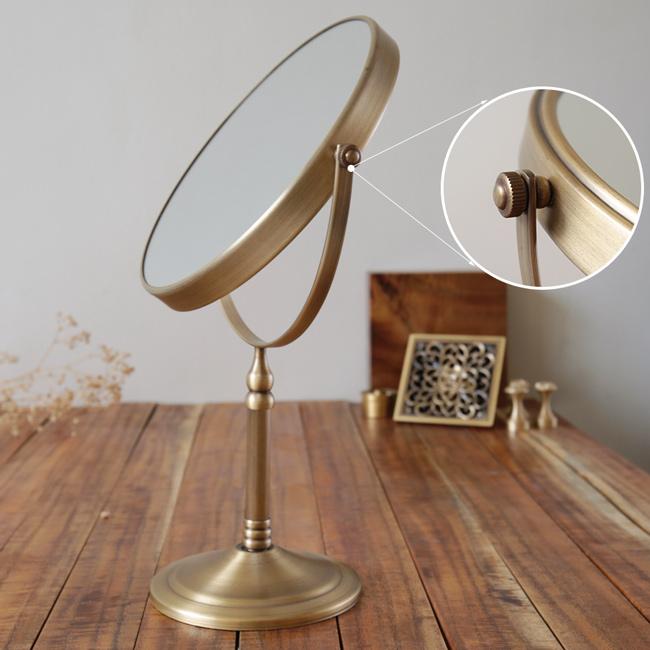 Kính trang điểm để bàn GCK19 có mặt gương lồi phóng to hình ảnh phản chiếu gấp 3 lần