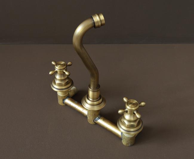 Thiết bị được dùng làm vòi rửa chén âm tường