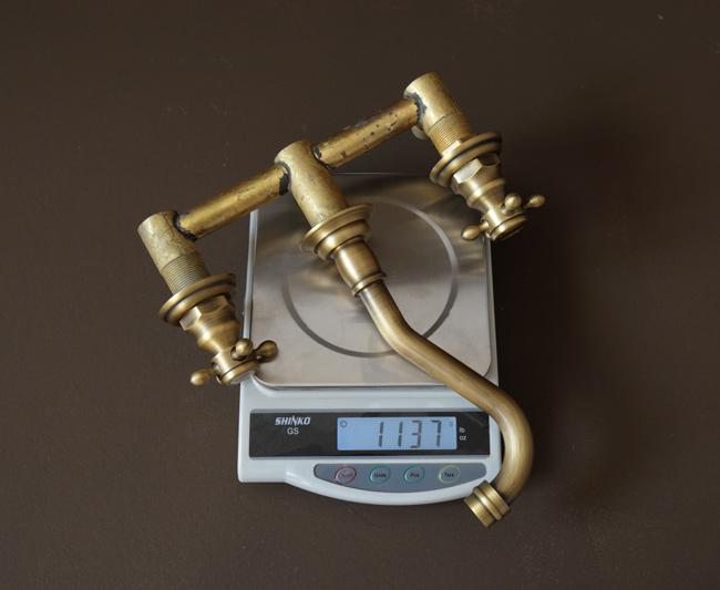 Trọng lượng vòi rửa bát âm tường BLF08