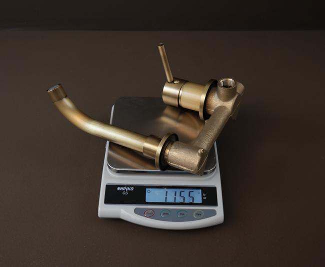 Thông số kích thước vòi rửa chén nóng lạnh âm tường BLF04