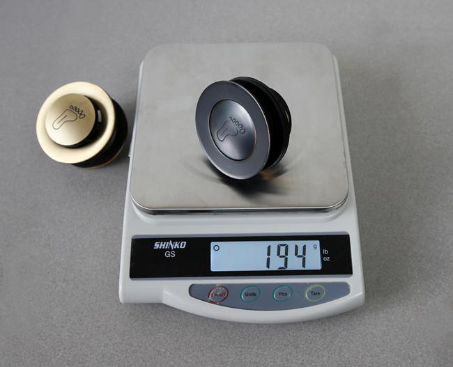 Nút nhấn xả đạp bằng đồng, dày nặng chất lượng