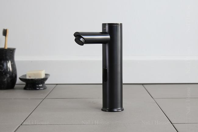 Vòi rửa tay tự ngắt mang đến sự tiện lợi và vẻ đẹp mỹ thuật sang trọng