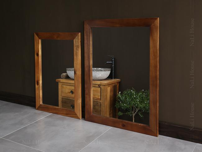 Gương treo tường khung gỗ rustic style
