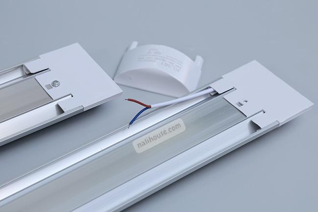 Lắp đặt đèn LED bán nguyệt 60CM 20W dễ dàng