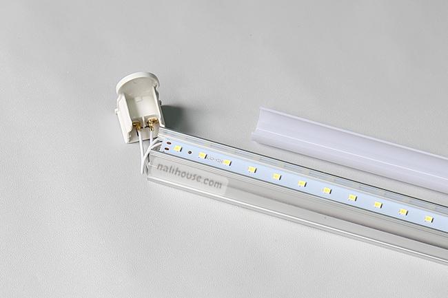 Bóng đèn được sản xuất bởi công nghệ tiên tiến, không có chất độc hại
