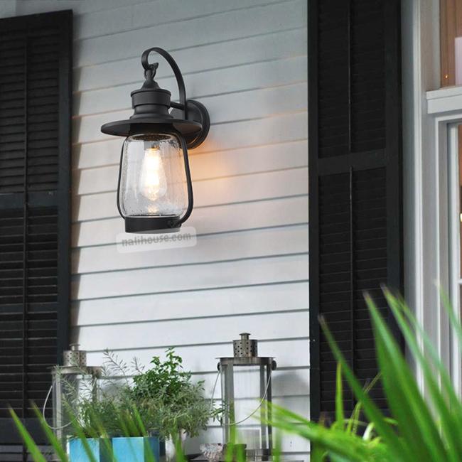 Kiểu đèn trang trí có thiết kế theo phong cách phương tây cổ đại