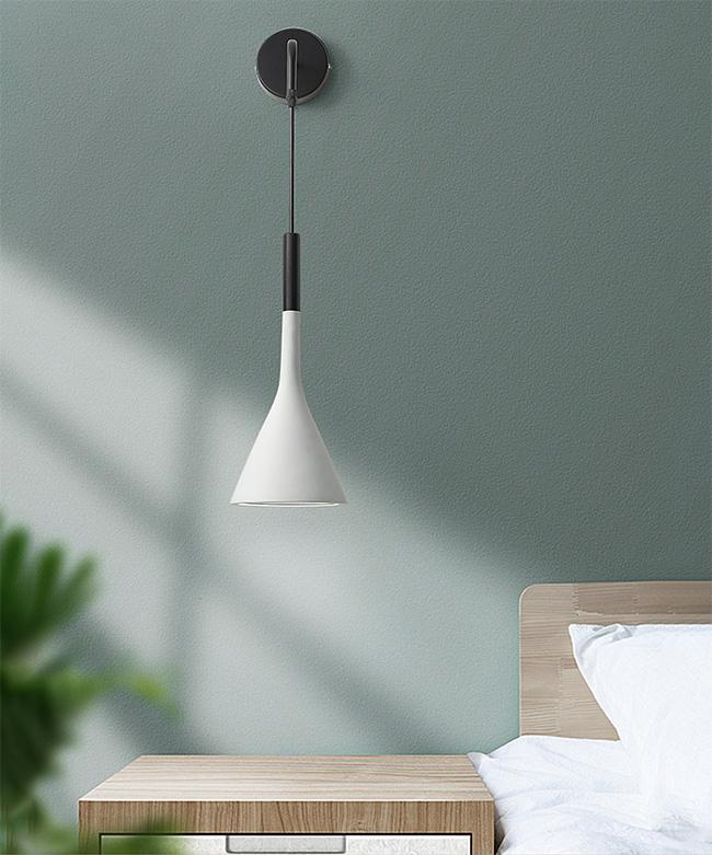 Đèn ngủ treo tường tạo điểm nhấn tinh tế cho không gian riêng tư