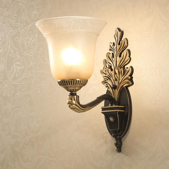 Đèn vách tường cổ điển mang cảm hứng thiết kế bắt nguồn từ văn hóa kiến trúc mỹ thuật Châu Âu xưa