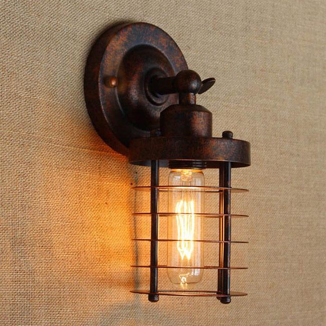 Đèn trang trí gắn tường cổ điển mang phong cách Bắc Mỹ và Á Đông
