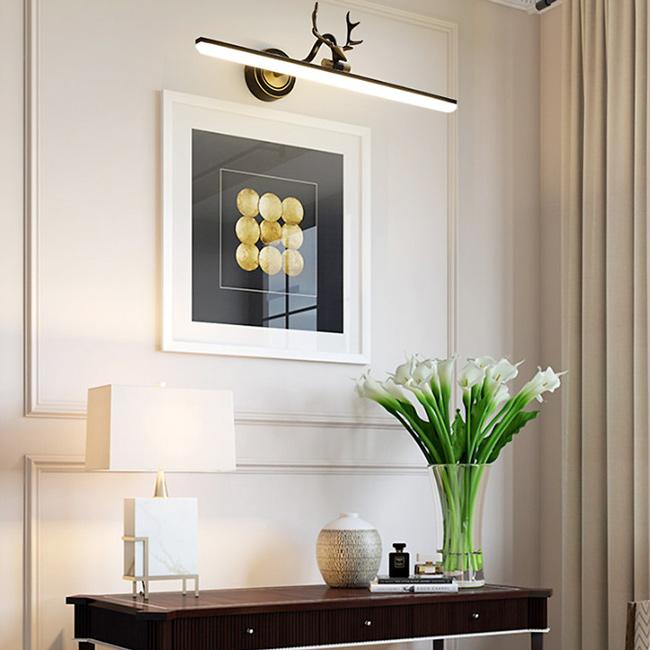 Đèn soi tranh làm nổi bật chủ thể và cải thiện không gian sống